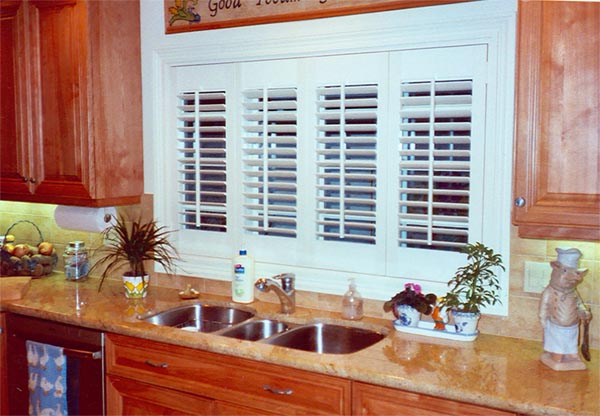 Kitchenette Shutters