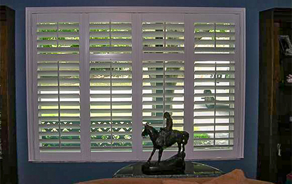 Living Room Window Shutters – 2019